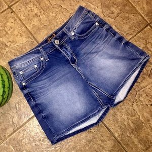 7 For All Mankind Jean shorts size 6